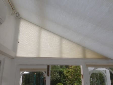 duette_shaped_blind_example_2