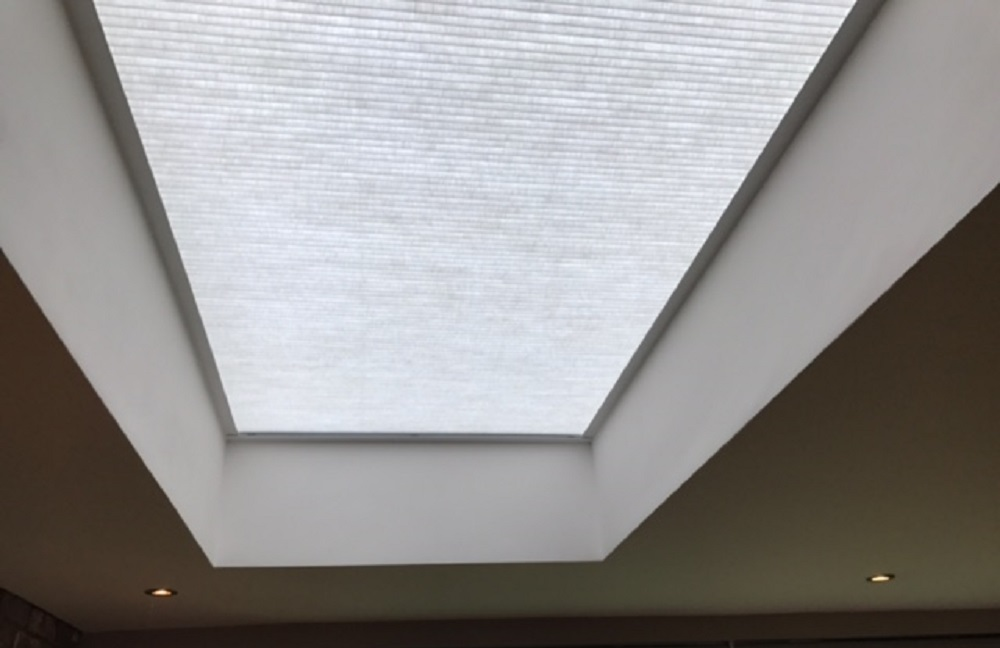 Flat Roof With Blind Closed