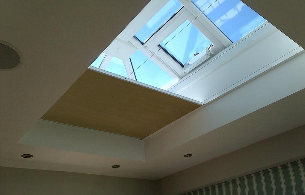 Vale Honeycomb flat roof blind