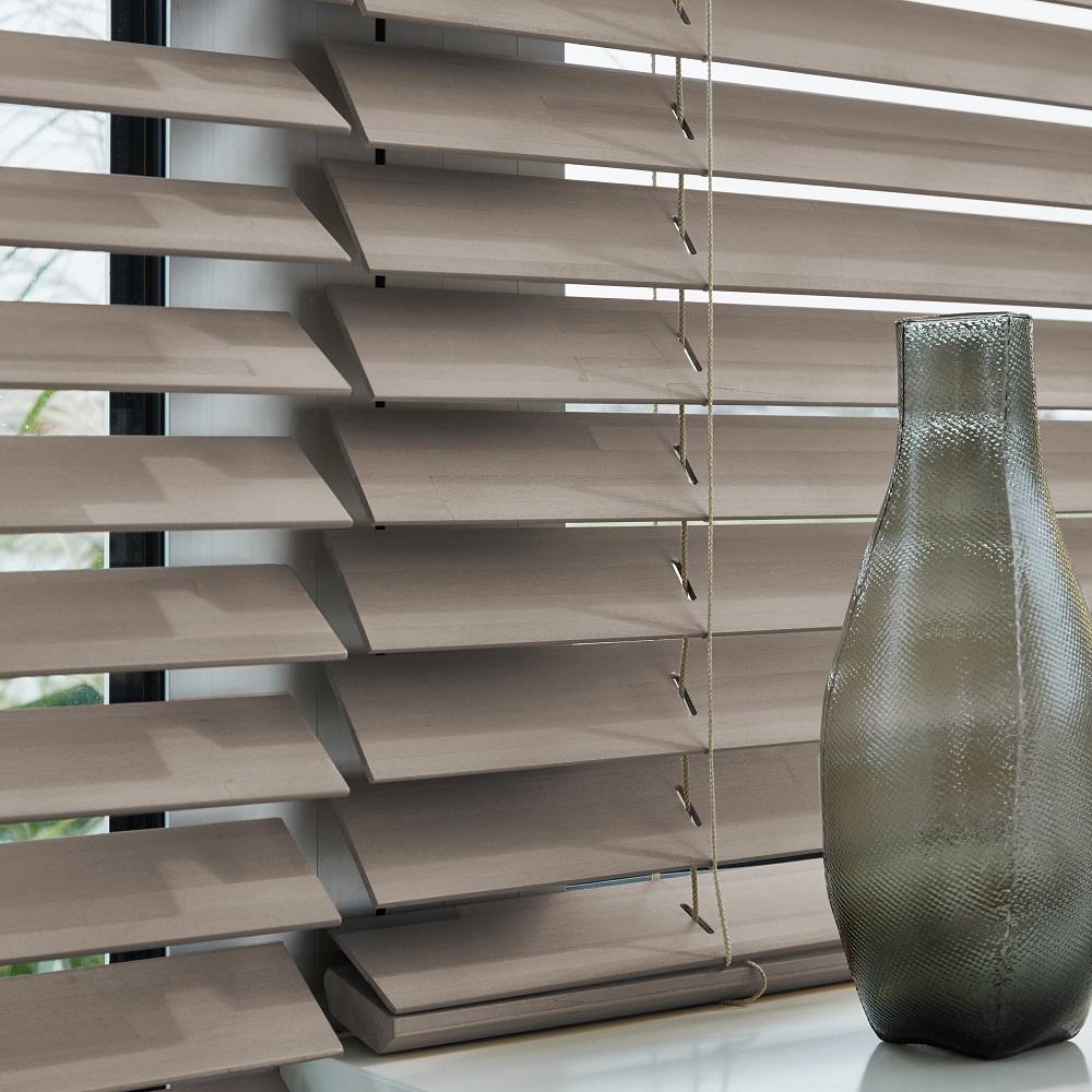 Luxaflex 0305 image Wood Venetian